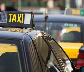 barcelona taxi 350x300